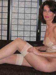 Friend S Moms Stockings Friend Facesit..