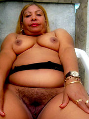 Fabulous ebony mature tits, ultra-kinky..