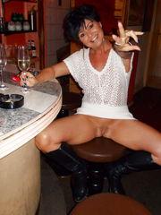 Public milfs appearing miniskirt vulva..