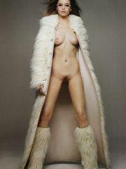 Actress Bare Maza: Abbey Lee Kershaw