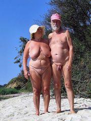 ex wives posing naked photos at the..