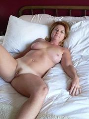 Mummy In Couch Nude Gonzo