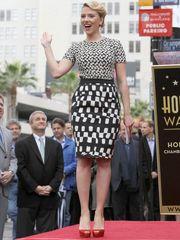 Upskirt Celebs Scarlett Johanssonaposs..