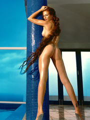 Angie Everhart Porno optimized for your..