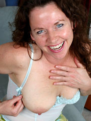 Auntjudy's mature stripping sexy