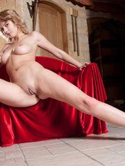 liuda nude&met-art-giuno-a-nude