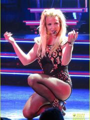 Total Sized Picture of britney pricks..