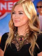 Hilary Duff  Hilary Duff Planes Los..