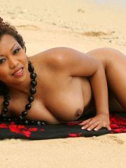 Jazmine Leih - image gallery 016 -..