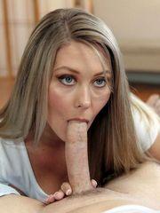 Addison Lee blowing lengthy man rod..