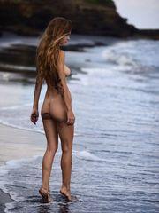 Amberleigh West Nude (Photos)..