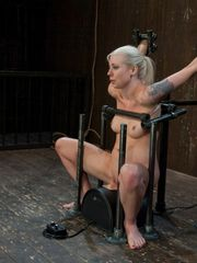 Bare blonde Lorelei Lee is made to ride..