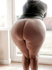 """Watch and Save As """"pawg plus-size.."""
